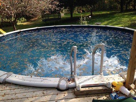 Filtrační písek je důležitou součástí bazénové filtrace. Podle čeho jej vybírat?